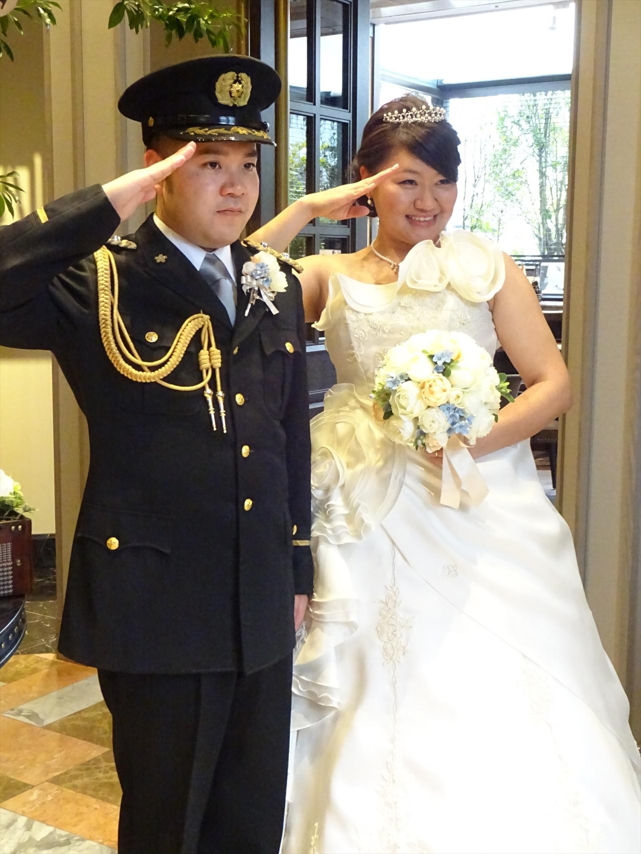 警察官のこうへいさんと、保育のお仕事をされているなほさんとっても仲良しなおふたりそんなおふたりの結婚式は、ゲストの皆様へのおもてなしがたくさんです!
